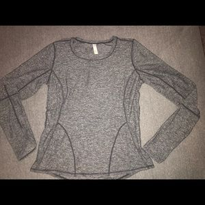 Lucy long sleeve tight fit top